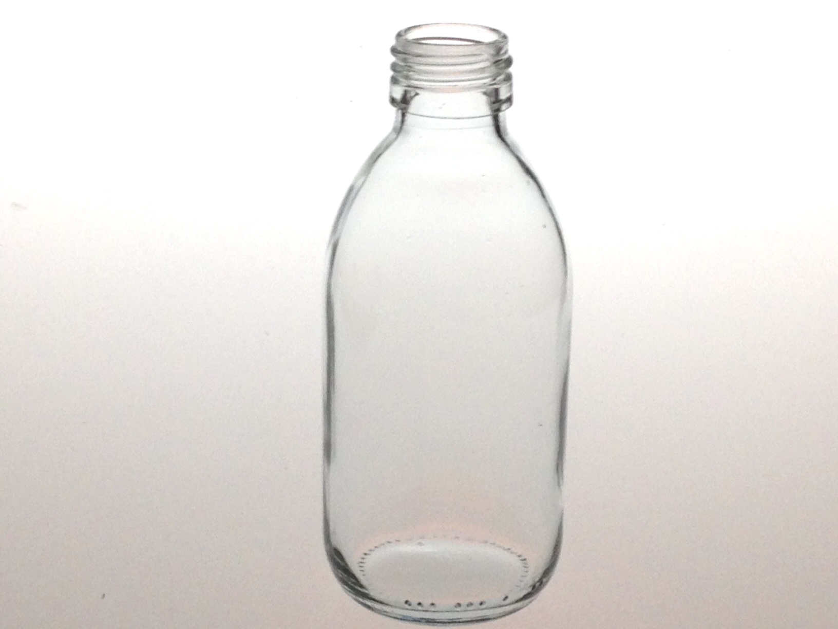 CLEAR GLASS 200 ML SYRUP BOTTLE PP 28