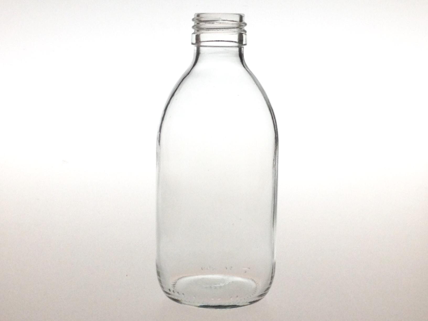 CLEAR GLASS 250 ML SYRUP BOTTLE PP 28